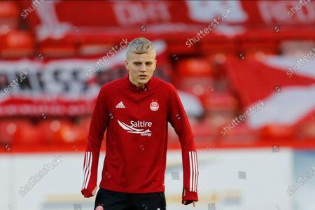 Aberdeen's Ryan Duncan (46) warming up during the Scottish Premiership match between Aberdeen and Dundee United at Pittodrie Stadium, Aberdeen