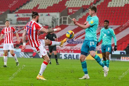 Stoke City forward Steven Fletcher (21) controls the ball during the EFL Sky Bet Championship match between Stoke City and Bournemouth at the Bet365 Stadium, Stoke-on-Trent