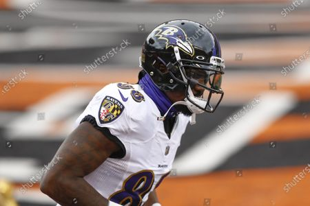 Baltimore Ravens wide receiver Dez Bryant (88) before an NFL football game against the Cincinnati Bengals, in Cincinnati