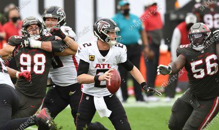 Atlanta Falcons quarterback Matt Ryan (2) scrambles against the Tampa Bay Buccaneers during the second half of an NFL football game, in Tampa, Fla