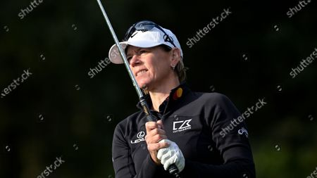 Annika Sorenstam watches her tee shot on the fourth hole during the final round of the PNC Championship golf tournament, in Orlando, Fla