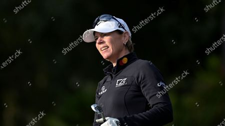 Annika Sorenstam, of Sweden, watches her tee shot on the fourth hole during the final round of the PNC Championship golf tournament, in Orlando, Fla