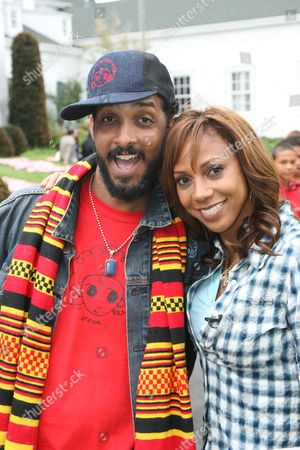 Editorial picture of Holly Robinson Peete's 'My Brother Charlie' Book Launch Celebration, Culver City, California, America - 11 Apr 2010