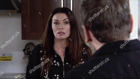 Coronation Street - Ep 10221 Wednesday 13th January 2021 - 1st Ep Carla Connor, as played by Alison King, catches Peter Barlow, as played by Chris Gascoyne, taking a swig from a bottle. At her wit's end she pleads with Peter to reconsider.