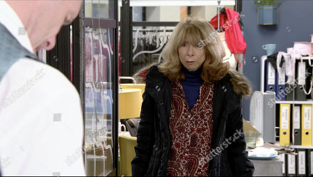 Coronation Street - Ep 10227 Wednesday 20th January 2021 - 1st Ep Gail Rodwell, as played by Helen Worth, persuades Nick Tilsley, as played by Ben Price, to give her a cleaning job at Underworld in the evenings.