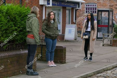 Coronation Street - Ep 10227 Wednesday 20th January 2021 - 1st Ep Abi Franklin, as played by Sally Carman, Alya Nazir, as played by Sair Khan, and Faye Windass, as played by Elle Leach, clock Ray leaving the bistro and are gutted to realise he's been released. In the hope of lending some weight to Faye's case, Alya reports Ray to the police for luring her to a hotel bedroom with the intention of having sex.