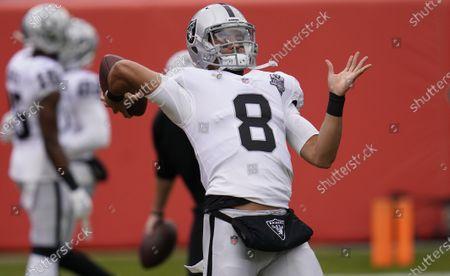 Las Vegas Raiders quarterback Marcus Mariota (8) in the first half of an NFL football game, in Denver