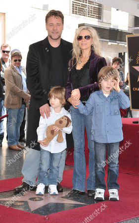 Russell Crowe, Danielle Spencer and sons Charles and Tennyson