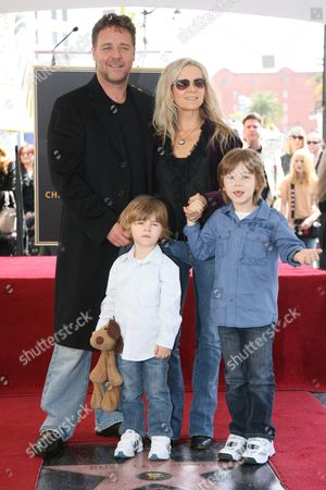 Stock Image of Russell Crowe, Danielle Spencer, Tennyson Crowe and Charlie Crowe