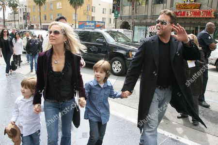 Tennyson Crowe, Danielle Spencer, Charlie Crowe and Russell Crowe