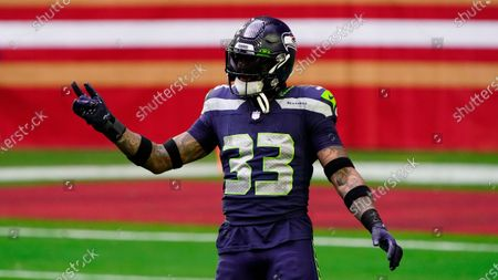 Seattle Seahawks strong safety Jamal Adams (33) against the San Francisco 49ers during the first half of an NFL football game, in Glendale, Ariz
