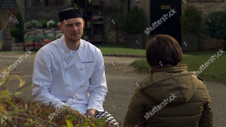Emmerdale - Ep 8949 Thursday 21st January 2021 - 2nd Ep Victoria Sugden, as played by Isabel Hodgins, and Luke Posner, as played by Max Parker, plan ways to get Amy and Matty together.