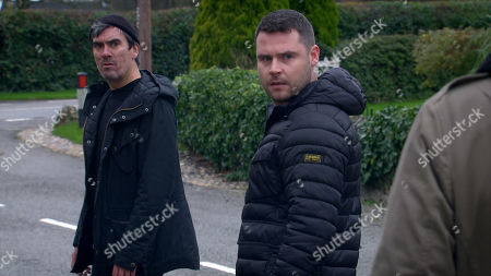 Emmerdale - Ep 8948 Thursday 21st January 2021 - 1st Ep Cain Dingle, as played by Jeff Hordley, and Aaron Livesey, as played by Danny Miller, are gobsmaked when they see Mackenzie and realises he's not behind the wheel of Pollard's car.
