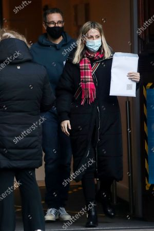 Exclusive - Nicole Appleton and her boyfriend Stephen Haines visit a bank and while they were inside they got a parking ticket.