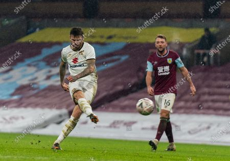 Ben Gladwin of MK Dons strike hits the post in extra time; Turf Moor, Burnley, Lanchashire, England; English FA Cup Football, Burnley versus Milton Keynes Dons.