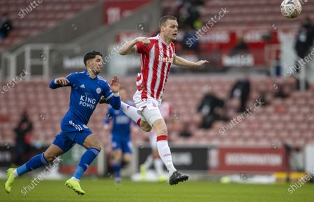 Ryan Shawcross of Stoke City heads the ball back to his keeper; Bet365 Stadium, Stoke, Staffordshire, England; English FA Cup Football, Carabao Cup, Stoke City versus Leicester City.