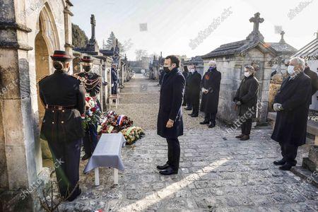 Emmanuel Macron, Gilbert Mitterrand