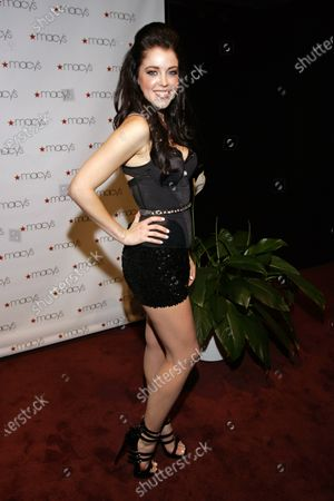 Jadyn Douglas (previously known as Jadyn Maria) arrives at Macy's Glamorama held at the Chicago Theater in Chicago, IL. on August 21, 2009.