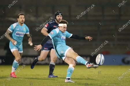 Worcester Warriors Duncan Weir  during the Gallagher Premiership Rugby match between Sale Sharks and Worcester Warriors at the AJ Bell Stadium, Eccles