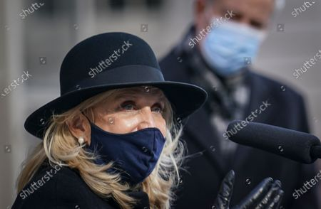 Congresswoman Carolyn Maloney D-NY, left, speaks during a press conference at City Hall, in New York. Members of New York's Congressional delegation and Mayor Bill de Blasio called for swift impeachment of President Donald Trump following the violent siege of the U.S. Capitol by Trump supporters that left five dead