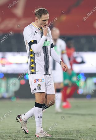 Charleroi's Lukasz Teodorczyk looks dejected after a soccer match between KV Oostende and Sporting Charleroi, Saturday 09 January 2021 in Oostende, on the advanced day thirty of the 'Jupiler Pro League' first division of the Belgian championship.