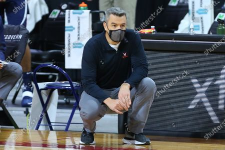 Chestnut Hill, MA, USA; Virginia Cavaliers head coach Tony Bennett during the NCAA basketball game between Virginia Cavaliers and Boston College Eagles at Conte Forum