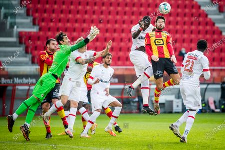 Antwerp's goalkeeper Alireza Beiranvand and Mechelen's Sandy Walsh fight for the ball during a soccer match between KV Mechelen and Royal Antwerp, Sunday 10 January 2021 in Mechelen, on the advanced day thirty of the 'Jupiler Pro League' first division of the Belgian championship.