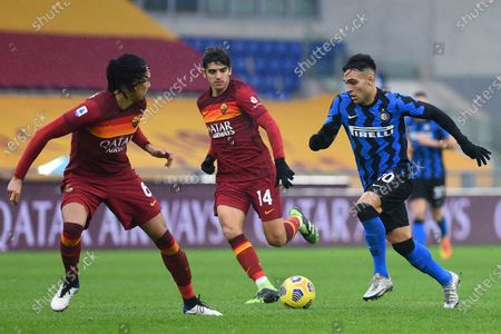 Chris Smalling of Roma, Gonzalo Villar of Roma, Lautaro Martinez of Inter
