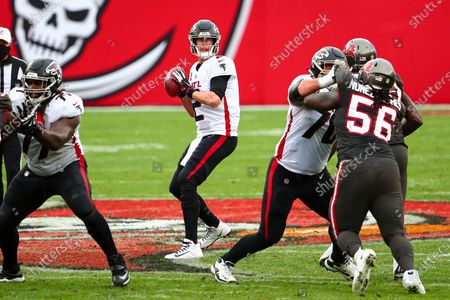 Atlanta Falcons quarterback Matt Ryan (2) drops back to pass during the second half of an NFL football game against the Tampa Bay Buccaneers, in Tampa, Fla