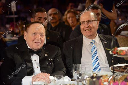 """Stock Picture of Sheldon Adelson, Moshe """"Bogie"""" Ya'alon"""