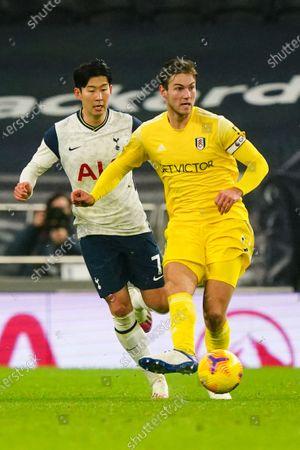 Son Heung-Min of Tottenham Hotspur and Joachim Andersen of Fulham