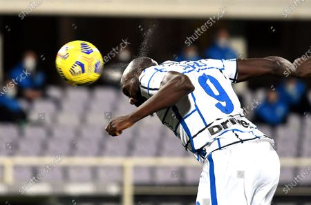 Inter's Romelu Lukaku scores the 2-1 lead during the Italian Cup round of 16 soccer match between ACF Fiorentina and Inter Milan at Artemio Franchi stadium in Florence, Italy, 13 January 2021.