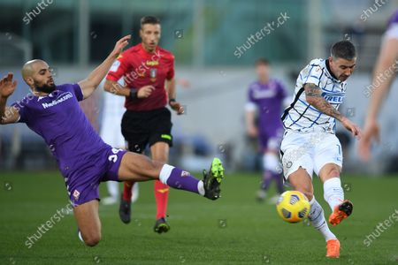 "Sofyan Amrabat (Fiorentina)Aleksandar Kolarov (Inter)            during the Italian ""Serie A Tim Cup match between Fiorentina 1- 2 (d.t.s.) Inter  at  Artemio Franchi Stadium on January 13 , 2021 in Florence, Italy."