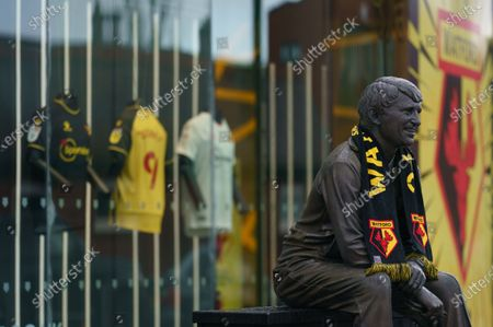 Stock Picture of The Graham Taylor Memorial Statue outside of Vicarage Road