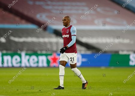 Angelo Ogbonna of West Ham United; London Stadium, London, England; English Premier League Football, West Ham United versus Burnley.