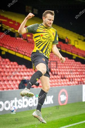 GOAL 1-0 Watford midfielder Tom Cleverley (8) scores and celebrates during the EFL Sky Bet Championship match between Watford and Huddersfield Town at Vicarage Road, Watford