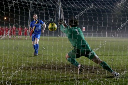Joe Wright of Hornchurch saves from Michael Gash of Kings Lynn in the penalty shoot-out during Hornchurch vs King's Lynn Town, Buildbase FA Trophy Football at Hornchurch Stadium on 16th January 2021