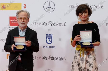 Stock Picture of Fernando Colomo (L) and producer Beatriz de la Gandara (R) pose with their Gold Medals during the Forque Awards Ceremony at Ifema Pavillion in Madrid, Spain, 16 January 2021.