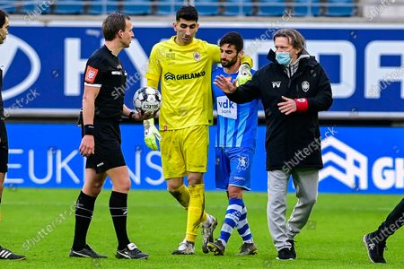 Antwerp's goalkeeper Alireza Beiranvand, Gent's Milad Mohammadi and Antwerp's head coach Frank Vercauteren pictured after a soccer match between KAA Gent and Royal Antwerp FC RAFC, Sunday 17 January 2021 in Gent, on day 20 of the 'Jupiler Pro League' first division of the Belgian championship.