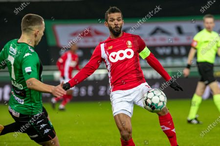 Cercle's Kylian Hazard and Standard's Mehdi Carcela fight for the ball during a soccer match between Cercle Brugge and Standard de Liege, Sunday 17 January 2021 in Brugge, on day 20 of the 'Jupiler Pro League' first division of the Belgian championship.