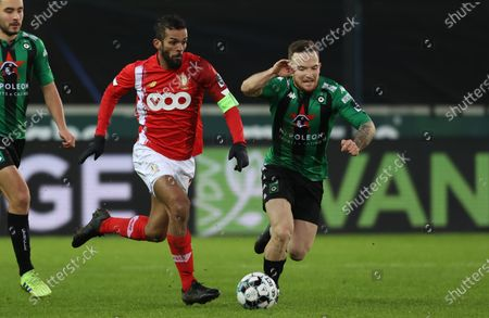 Standard's Mehdi Carcela and Cercle's Dino Hotic fight for the ball during a soccer match between Cercle Brugge and Standard de Liege, Sunday 17 January 2021 in Brugge, on day 20 of the 'Jupiler Pro League' first division of the Belgian championship.