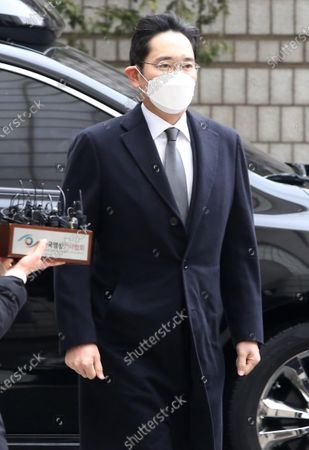 Lee Jae-yong, vice chairman of Samsung Group, arrives to attend a sentencing hearing over his bribery scandal the Seoul High Court in Seoul, South Korea, 18 January 2021.  In August 2019, the Supreme Court ordered the appellate court to review its suspended jail sentence for Lee over bribing a confidante of jailed President Park Geun-hye. According to media reports, Lee Jae-yong was sentenced to two years and six months in prison.
