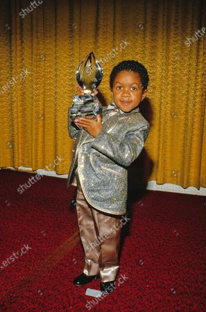 Emmanuel Lewis at the 12th Annual People's Choice Awards