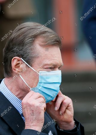 Grand Duke Henri of Luxembourg wearing a face mask during a visit to the vaccination center at Hall Victor Hugo, in Luxembourg, 18 January 2021. Luxembourg citizens as well as cross-border workers receive an appointment for vaccination against COVID-19 thanks to the code provided in the invitation received by post. In the vaccination strategy, the first people to be vaccinated were health professionals and hospital staff.