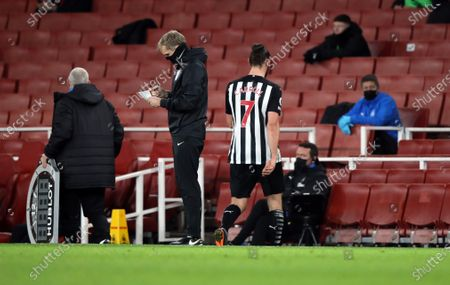 Andy Carroll (NU) walks off after being substituted at the EPL match Arsenal v Newcastle United, at the Emirates Stadium, London, UK on 18th January, 2021.English Premier League matches are still being played behind closed doors because of the current COVID-19 Coronavirus pandemic, and government social distancing/lockdown restrictions.