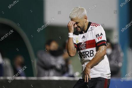Giorgian De Arrascaeta of Flamengo celebrates his goal in the 42nd minute for 0-1