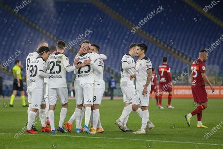 Riccardo Saponara of AC Spezia celebrates with his teammates after scoring their second goal during the Italian Coppa Italia football match between AS Roma and AC Spezia at Olimpico Stadium in Rome, Italy on January 19, 2021. AC Spezia won the match 4-2.