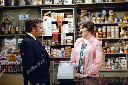 Alan Browning (as Alan Howard) and Diana Davies (as Norma Ford)