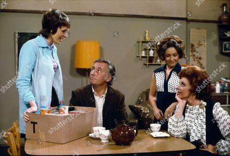 Diana Davies (as Norma Ford), Alan Browning (as Alan Howard) Jennifer Moss (as Lucille Hewitt) and Pat Phoenix (as Elsie Howard)