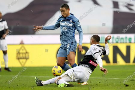 Atalanta's Luis Muriel (C) on his way to score the 1-1 goal during the Italian Serie A soccer match Udinese Calcio vs Atalanta BC at the Friuli - Dacia Arena stadium in Udine, Italy, 20 January 2021.